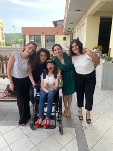 """Daniela Milli e le sue amiche, autrici del libro """"Un bravo artista"""""""