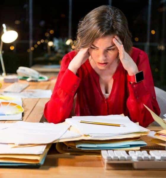 Donna ufficio stress molestie